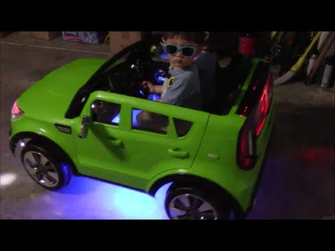kid trax kia sing a long soul check out the lights youtube. Black Bedroom Furniture Sets. Home Design Ideas