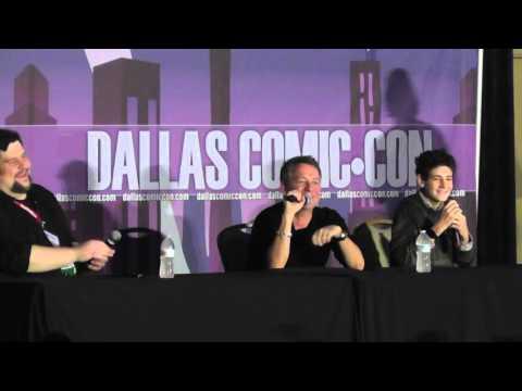 Dallas Comic Con - FanDays Feb 2016 - Gotham - Sean Pertwee / David Mazouz