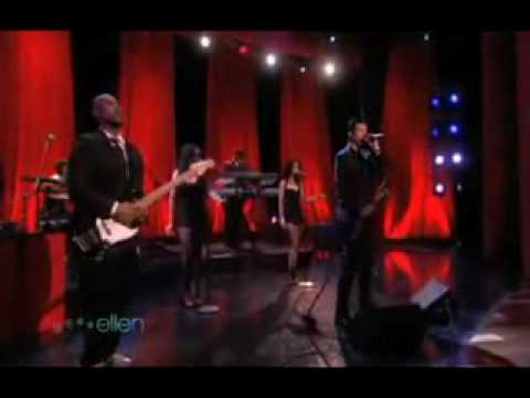 Robin Thicke - sex therapy  live on Ellen...Amazing!!!