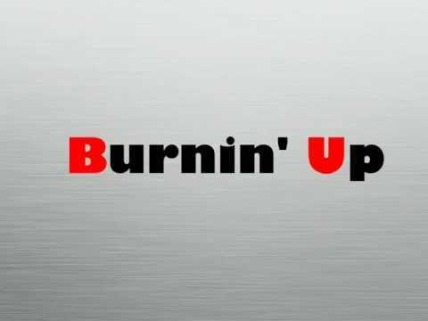 Jonas Brothers - Burnin' Up (Lyrics Video)