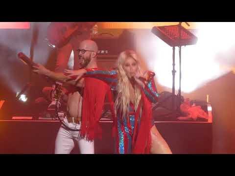 """""""Blow"""" Kesha@Ocean Resort Casino Atlantic City 11/16/18"""