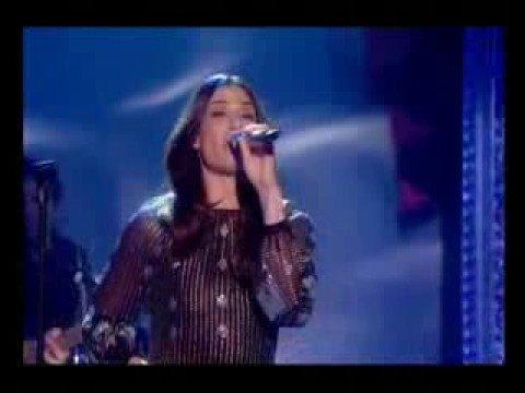 Brave - Idina Menzel (Live)