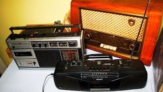 Old Radios as Smartphone Docking Stations / Tube Radios