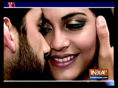 Download Veer and Krishna share romantic moment with each other