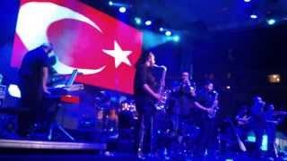 Volkan Konak - İzmir Marşı ( 50. Troia Festivali @ Çanakkale)