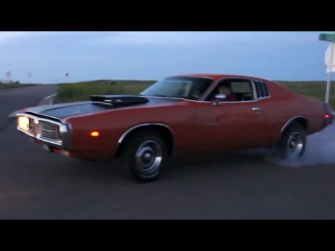 Floyds 1974 440 Dodge Charger!! 15in Rallye Wheels // Wheel Fitment Guide