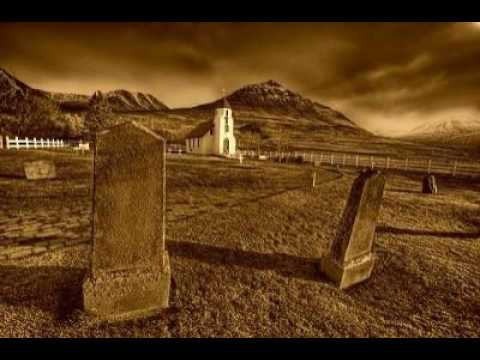 History Goes Bump Podcast, Ep. 18 - Haunted Iceland and its Folklore