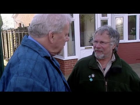 Bill Oddie Meets A Childhood Friend - Who Do You Think You Are?