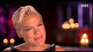 Bonus scenes from P!nk's VH1 Behind The Music