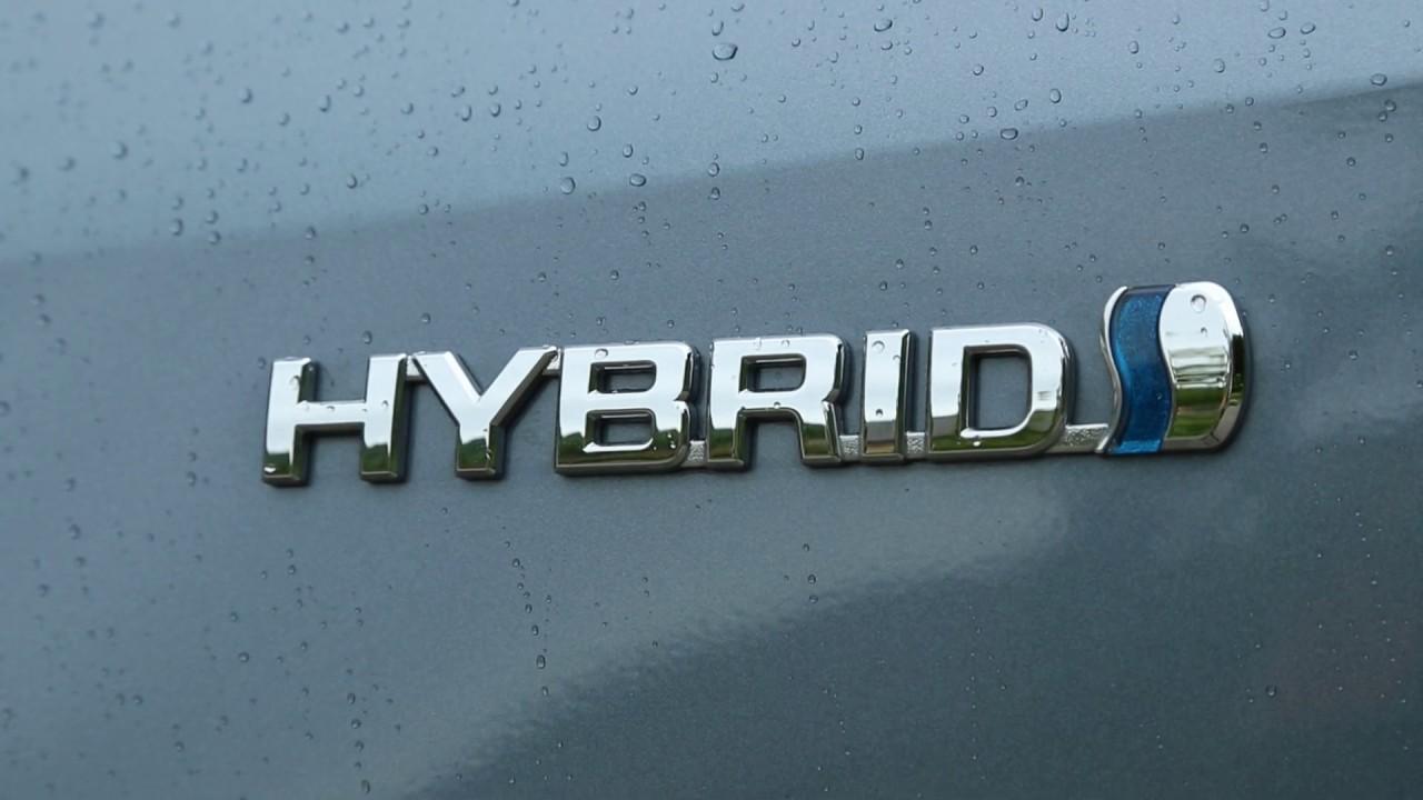 Toyota Corolla Sedan Hybrid Test