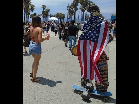Venice Beach Boardwalk Tour