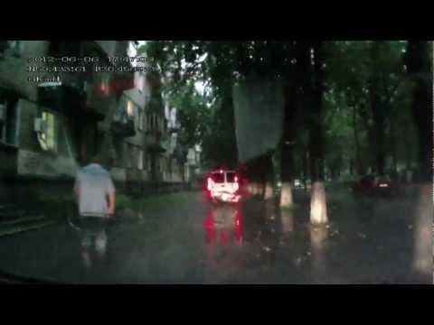 06.06.2012 Потоп в Киеве ул. Ереванская