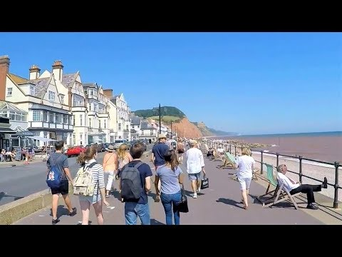 Sidmouth In Summer: Beach Views & Running Into Town