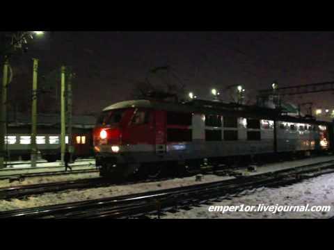 Электровоз ЧС6-028 с фирменным поездом №18 Карелия Москва - Петрозаводск.
