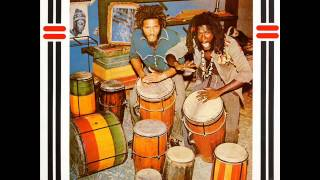 The Congos - Heart Of The Congos - 10 - Solid Foundation