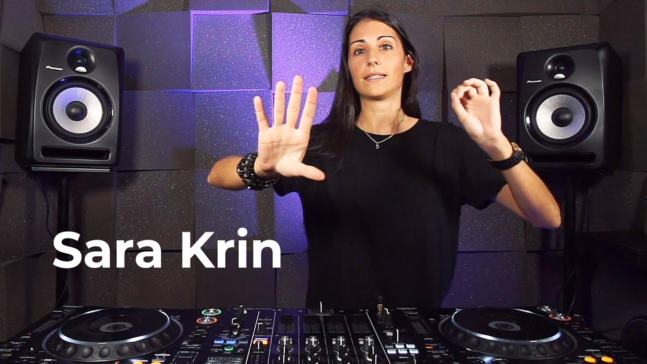 Sara Krin - Live @ Radio Intense Barcelona 18.09.2020 / Techno Mix