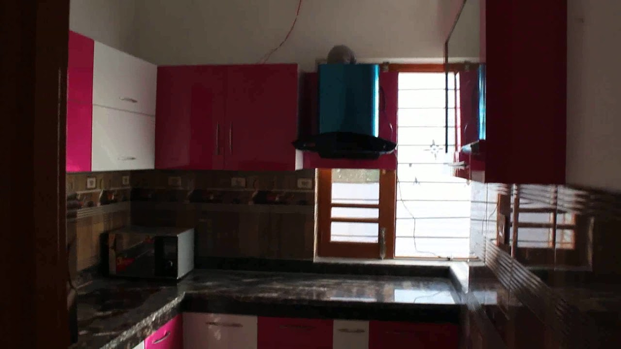 Dark Pink And Off White Colour Interior Design Kitchen Makes By Jaswant Singh Carpenter Youtube