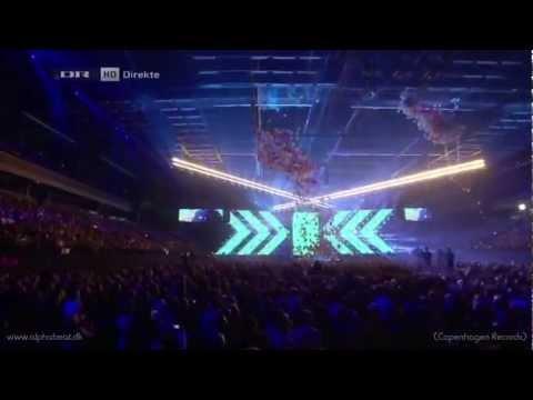 Alphabeat ft. Line - Vacation & The Spell (X Factor-finalen 2012)
