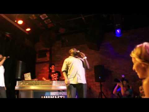 Hannibal Burress: Snoop Doggy Dogg - Ain't No Fun (HHK MTL July 23, 2011)