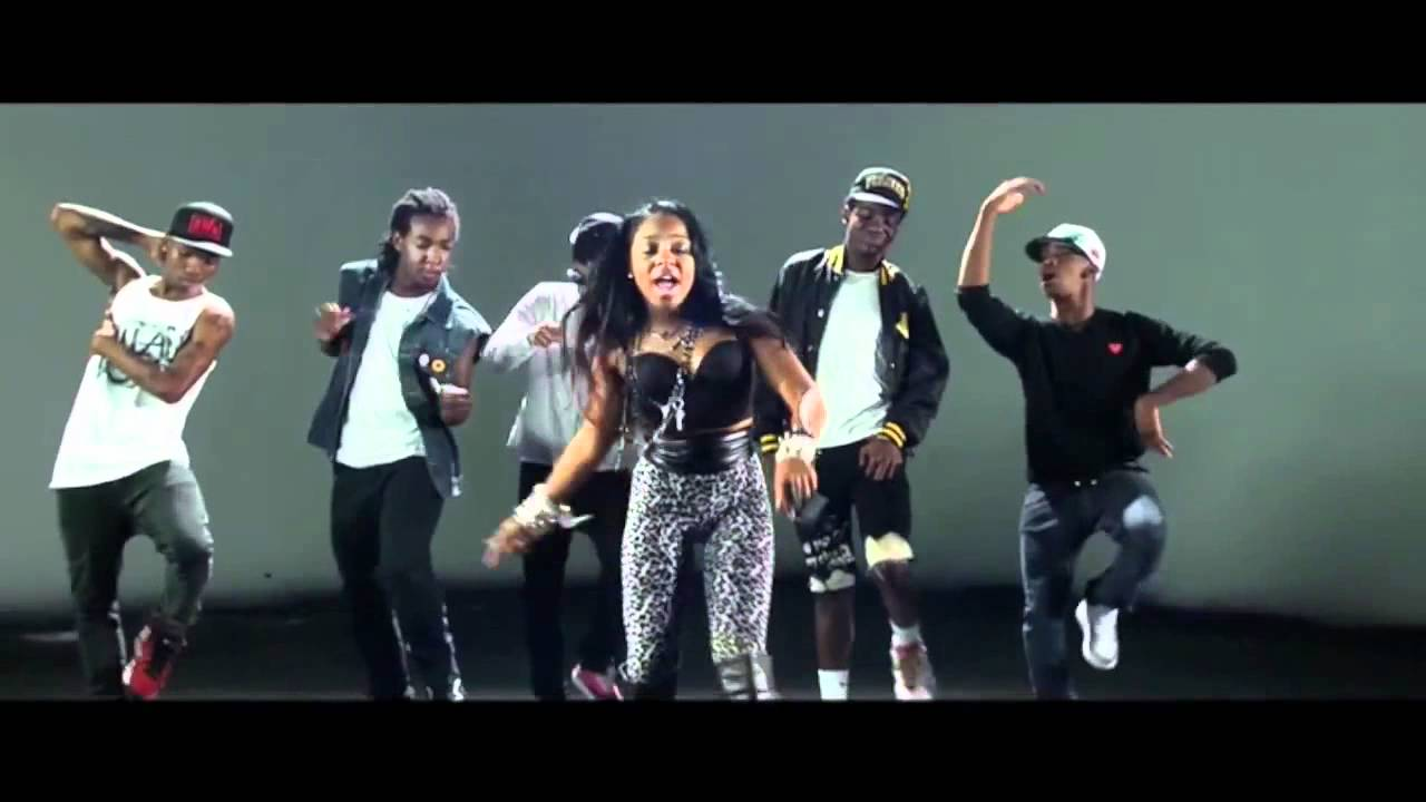 Download Natasha Mosley ft. Tyga - Tattoo (Music Video) New 2012 [ With Lyrics]