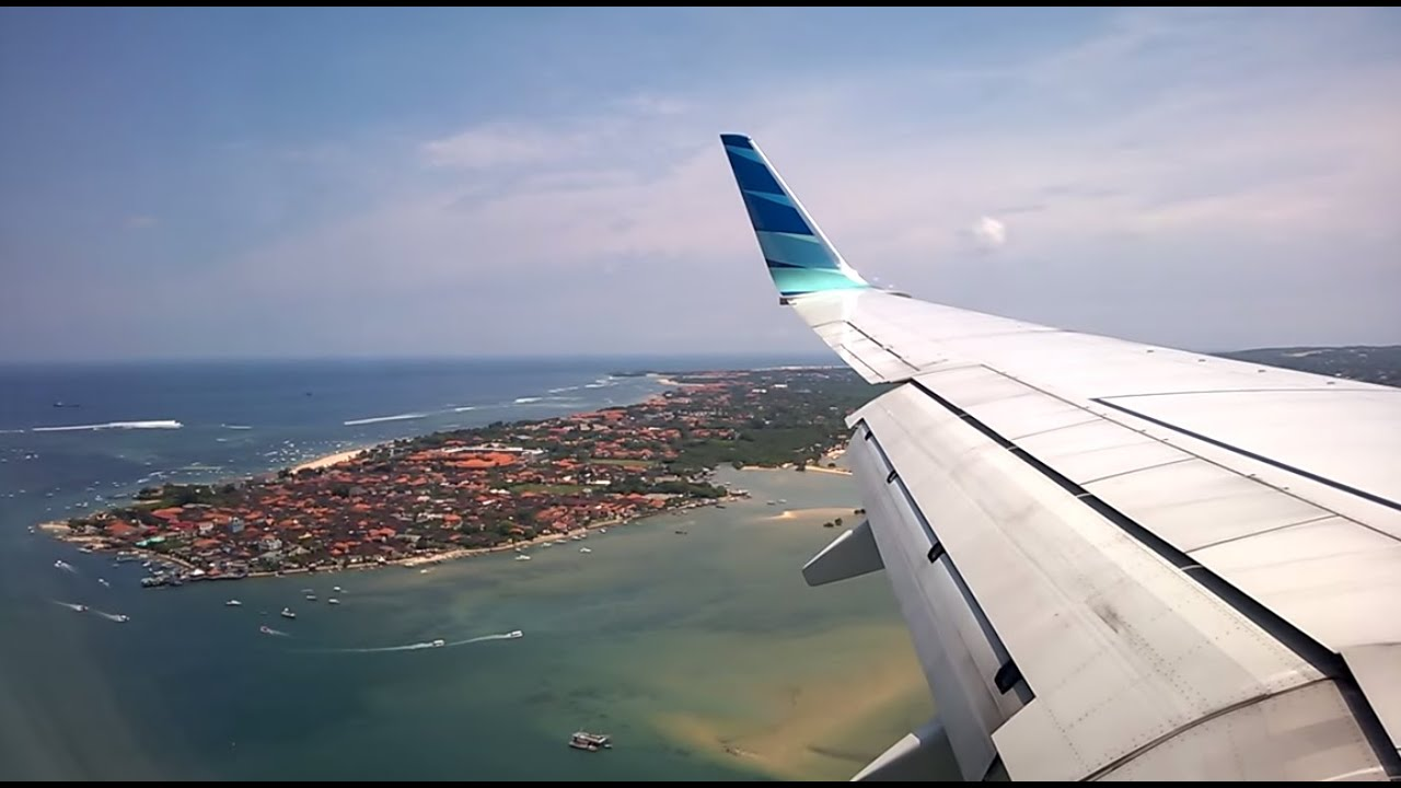 Aeroporto Bali : Garuda indonesia beautiful landing bali denpasar ngurah rai