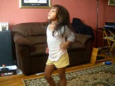 Girl dancing to single ladies with clown mask advanced