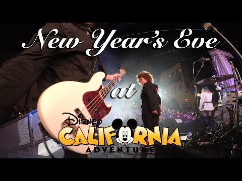 Download Youtube: Gig Vlog - Playing at Disneyland on New Years Eve