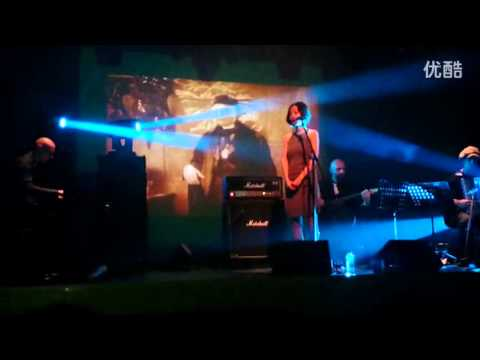Luigi Rubino - Voice in the eyes (live in Shanghai - August 2014)