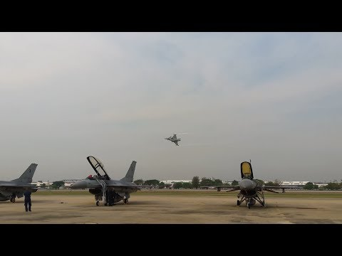 RTAF Gripen C solo display | PC-9 & CT-4 Fly by @ Children's day 2018