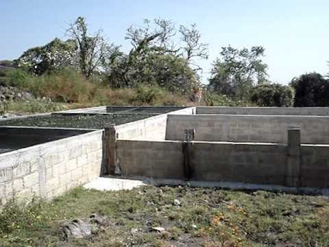 Construcci n de estanque youtube for Pileta estanque