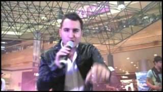 Mixup: Reik en Showcase y Firma de Autógrafos
