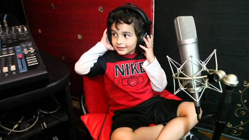 Sonu Nigam S Four Year Old Gives Kolaveri Di A Run For Its Money Bollywood News Firstpost