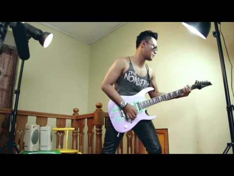 HEAVY ROTATION JKT48 Guitar Cover by Heng
