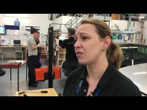 Mix 96 Nia visits Aylesbury College Motor Vehicle