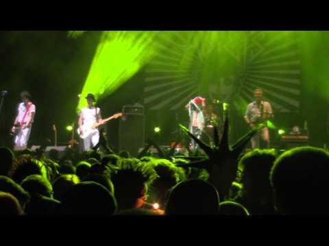 The Adicts - Jocker In The Pack + Steamroller (Fest Pod Parou 2015 Vyškov, Czech Republic) [HD] mp3