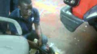 Download accidente fatal en el sena.3GP MP3 song and Music Video