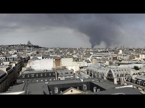 spectaculaire incendie en r gion parisienne retour du trafic la normale youtube. Black Bedroom Furniture Sets. Home Design Ideas