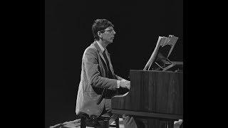 Reinbert De Leeuw Plays Erik Satie    Live 1982