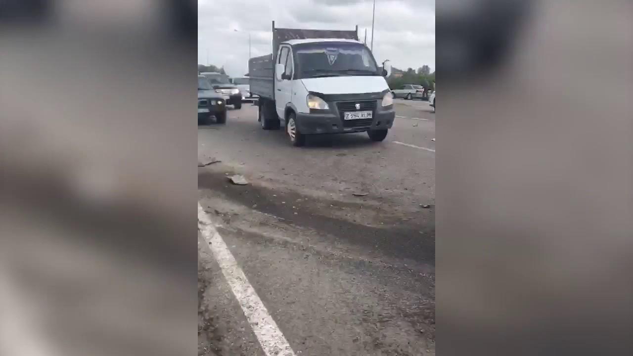 Авария на трассе в астане
