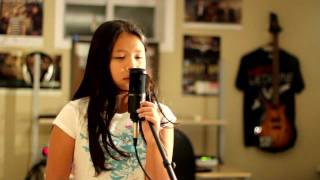 "Katy Perry - ""The One That Got Away"" (Acoustic Cover ft. Chloe 10 Years Old)"