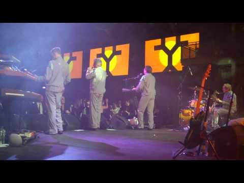 DEVO - FRESH - Live 1/15/11 - Art Of Elysium