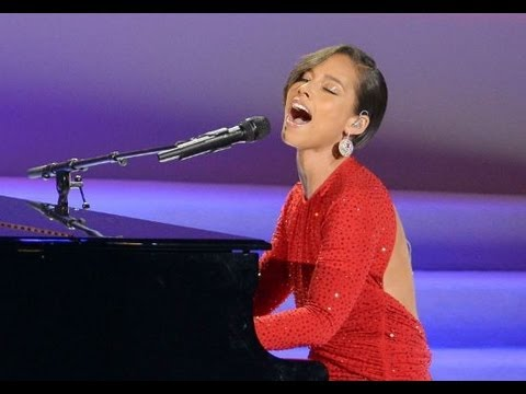 "Alicia Keys Performs  ""Obama's On Fire"" Inaugural Ball 2013"