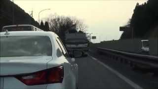 譲りそうで 譲らない 真直ぐ走れない だけ の 下手糞 DQN レクサス ドライブレコーダー thumbnail
