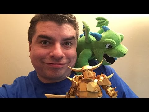 SUPERCELL STORE SWAG UNBOXING !! Clash Royale / Clash Of Clans Collectibles ! GOLDEN P.E.K.K.A