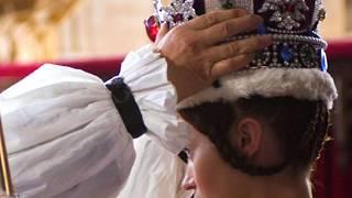 The Queen of England: Coronation - book trailer!