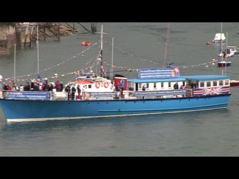 FLOTILLA DARTMOUTH UK LED BY THE HISTORIC FAIRMILE FERRY JUBILEE CELEBRATIONS