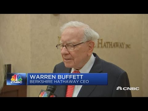 Warren Buffett at Berkshire Hathaway's investor event