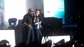 Rapper Pitbull e Michel Teló cantam juntos em São Paulo