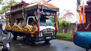 Trực tiếp Lễ đưa tiễn NSUT Thanh Sang, trong cơn mưa Sài Gòn, sáng 25.4.2017(6)