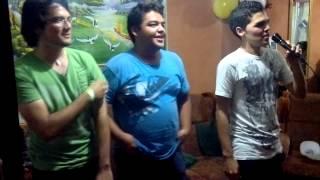 Los borrachos en Karaoke 2